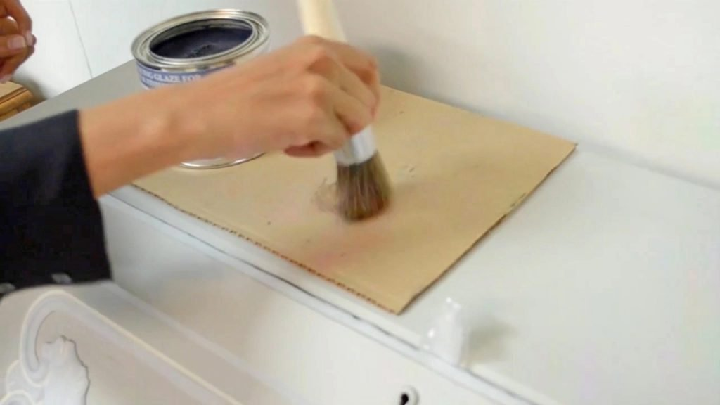 Chalk Finish Paint Makeover tapping off excess enhance antiquing glaze
